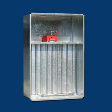 正压送风口和多叶排烟口的间距多少?